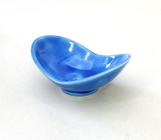 トルコ青双葉小鉢