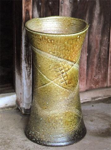 傘立て 緑釉つつみ型